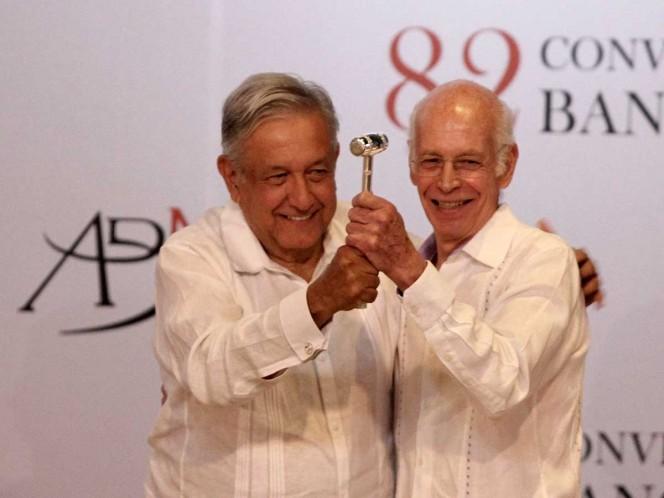 Luis Niño de Rivera promete servicios financieros para todo México