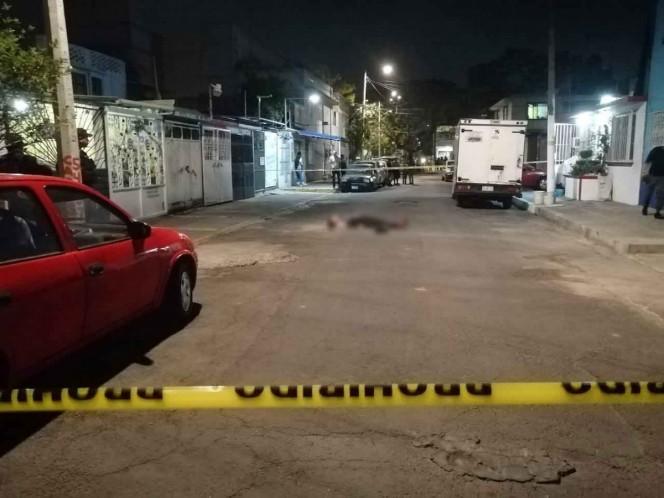 En Viernes Santo, asesinan a un joven en calles de Iztapalapa
