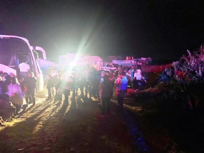 Hallan camión desaparecido con 44 migrantes en Veracruz - Excélsior