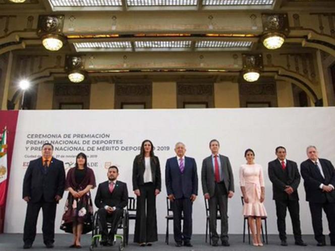 Continuará impulso al deporte en todos sus niveles: López Obrador