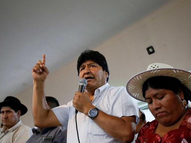 Rivales de Evo Morales exigen veto a su candidatura