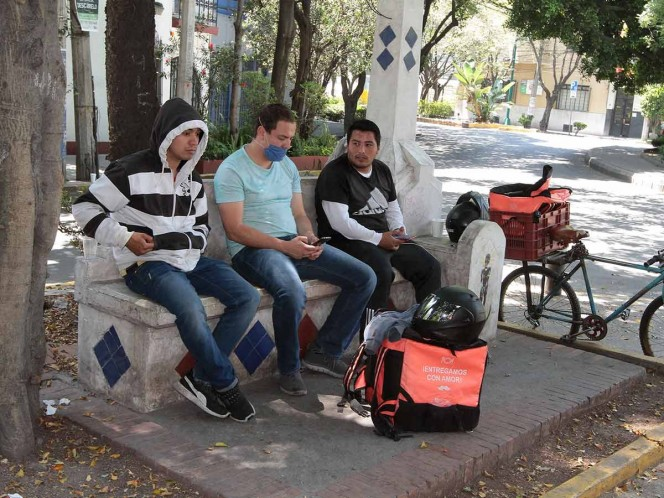 Corte de fibra óptica provocó caída de servicios de Telcel