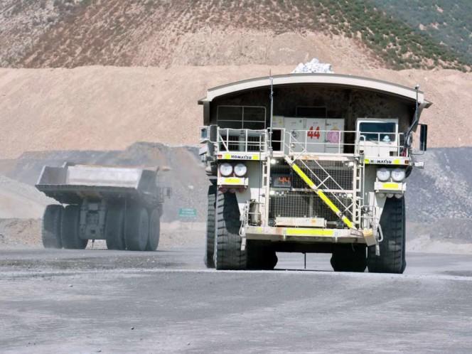 Retoman labores 370 mil empleados de minería este lunes
