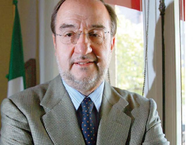 Murió Alfonso de Maria y Campos, embajador y exdirector del INAH