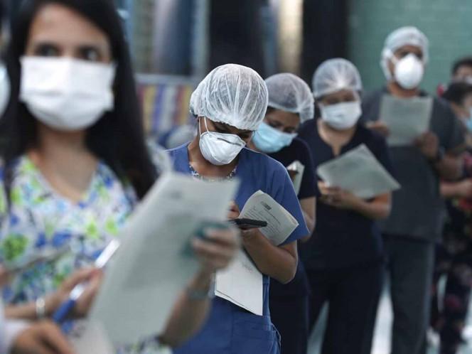 Perú ya vacunó a 133 mil trabajadores sanitarios en solo 10 días