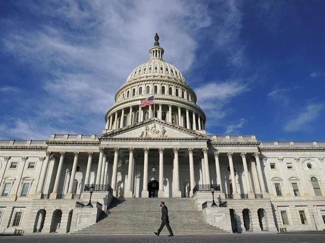 Cámara de Representantes de EU aprueba plan de rescate de Biden