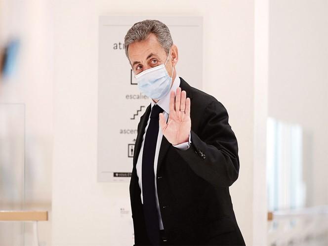 Justicia alcanza a Sarkozy; sentenciado a tres años de cárcel
