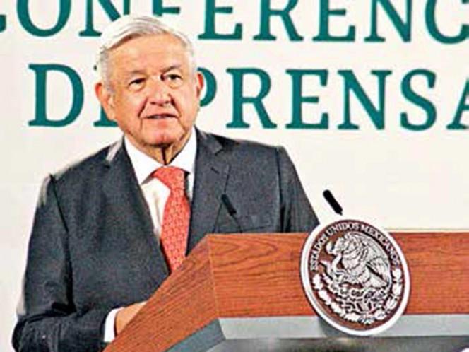 Usarían veto para defender programas; Presidente niega campaña contra el INE