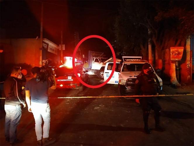 Camión sin frenos arrastra 5 autos y mata a 3 personas en Xochimilco