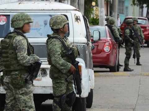 Decomisa Ejercito armas largas y granadas en Reynosa 1808307