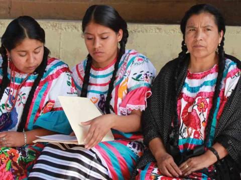 Preparan en lenguas indígenas materiales audiovisuales para informar acerca del coronavirus