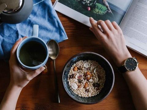 puedes perder peso si te saltas el desayuno
