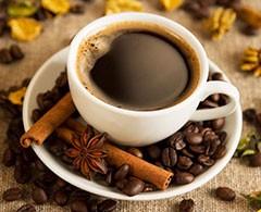 Café para 'quitar' el calor puede generar problemas de salud