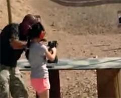 'El arma fue inmanejable', dice niña que mató a instructor